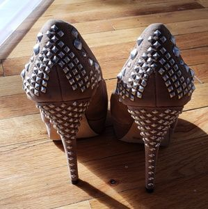 Vince Camuto Studded heels